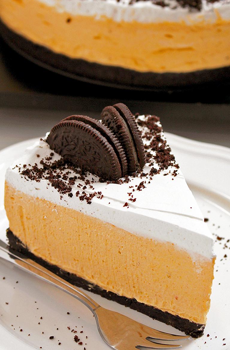 IMG_9989999 No Bake Pumpkin Oreo Cheesecake