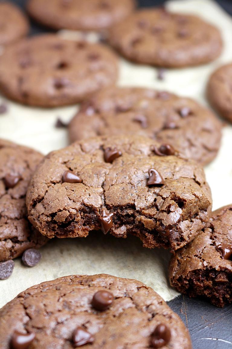 Double Chocolate Cheesecake Cookies