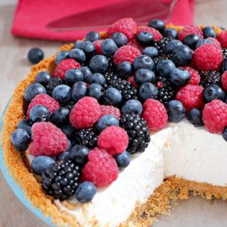 Summer Berry Cheesecake Pie