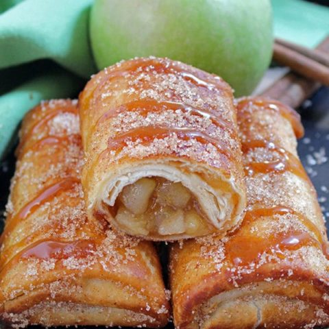 Fall is a time of the year when we enjoy beautiful dishes … Delicious Caramel Apple Chimichangas dessert is one of them.
