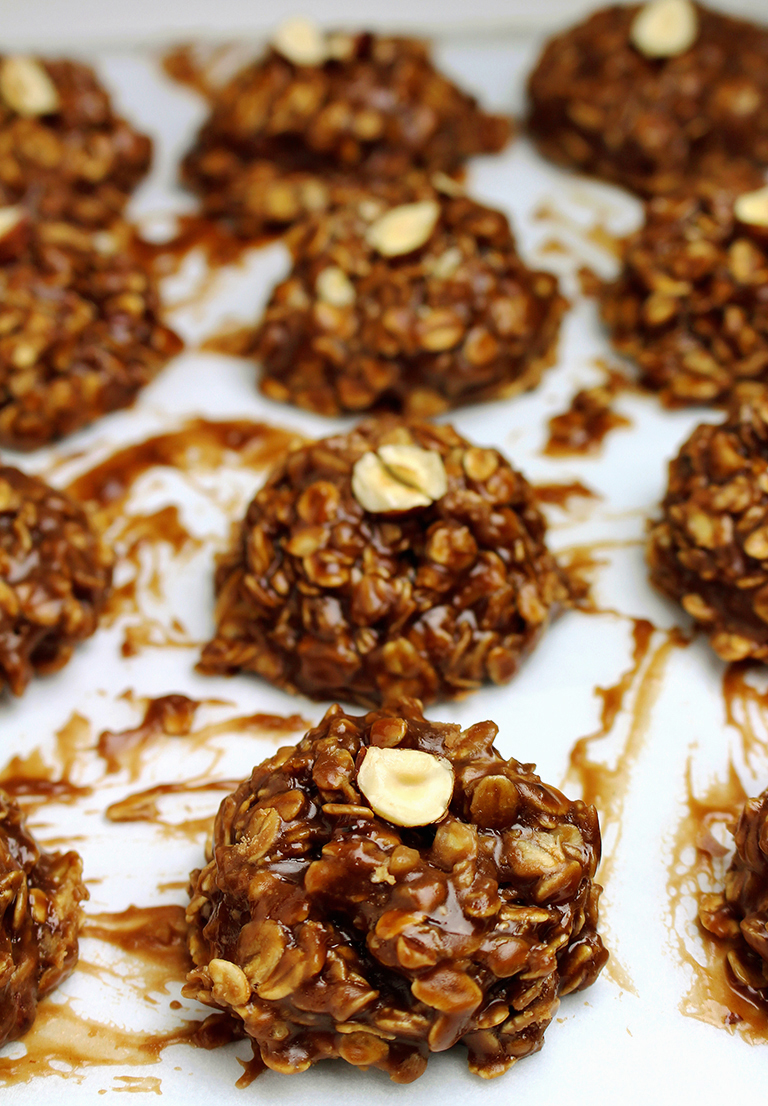 IMG_9598 No Bake Chocolate Hazelnuts Cookies