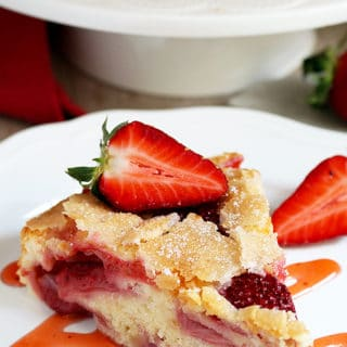 Fresh Strawberry Cream Cheese Cake is definitely one of my favorite cakes and it has a special place in my cookbook