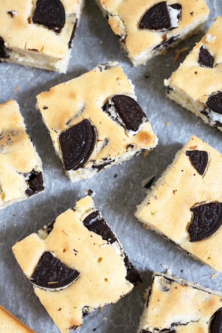 Oreo Cream Cheese Bars