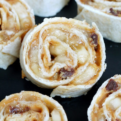 Chocolate Chip Peanut Butter Banana Roll Ups is a recipe for a perfectly tasty and healthy snack ♥