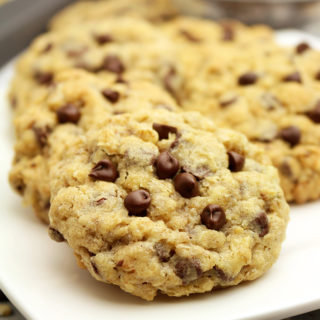 Chocolate Chip Oatmeal Cookies are chewy cookies with oatmeal, chocolate chips and walnuts.