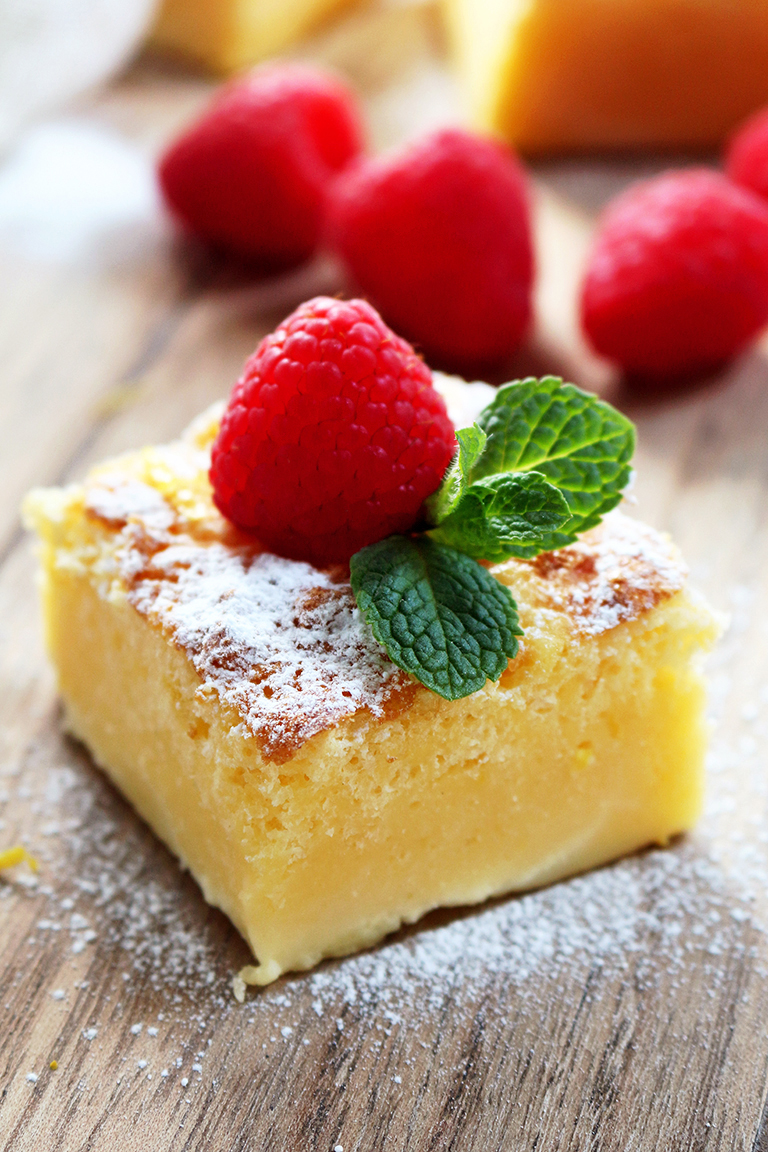 Lemon Magic Cake – this simple, sweet and sour cake really deserves its name – Magic