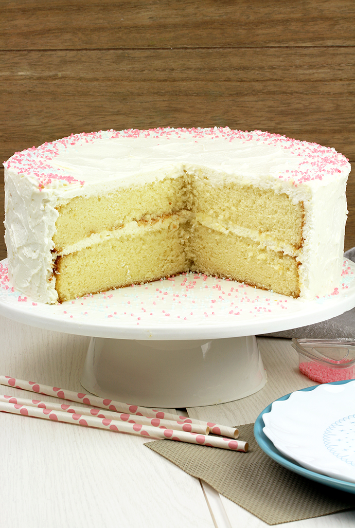 Vanilla Cake With Whipped Cream Cheese Frosting Sweet Spicy Kitchen