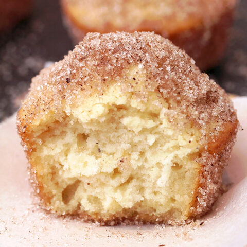 French Breakfast Puffs – these soft vanilla muffins, dipped into butter and coated with sugar and cinnamon are quick and delicious – in a word perfect breakfast. They're great choice for Christmas breakfast or brunch , too.